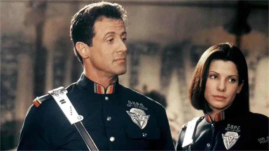 21 Trends - Le film Demolition Man où l'acteur principal est sylvestre Stallone