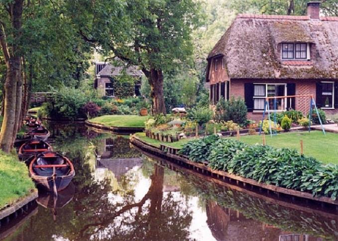 21 Trends - Les maisons hollandaises de Giethoorn