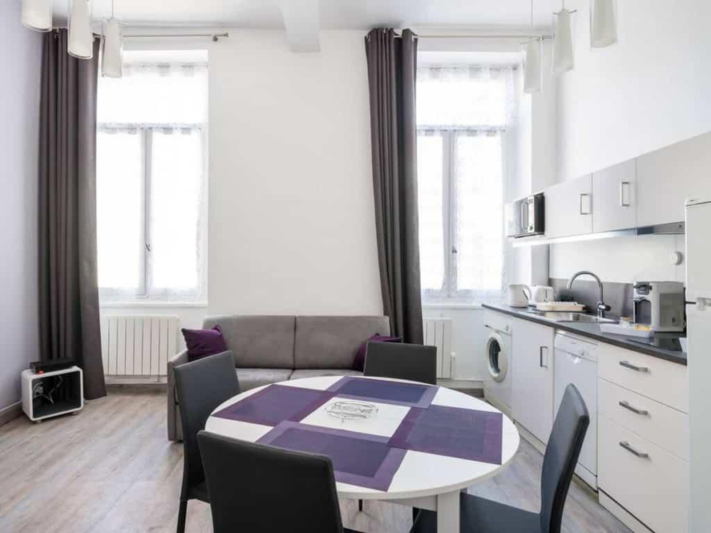 21 Trends - Un appartement conçu dans une ambiance feutrée dans le centre de Lyon